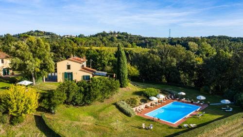 A view of the pool at Fattoria Varramista - Podere Lecceta or nearby