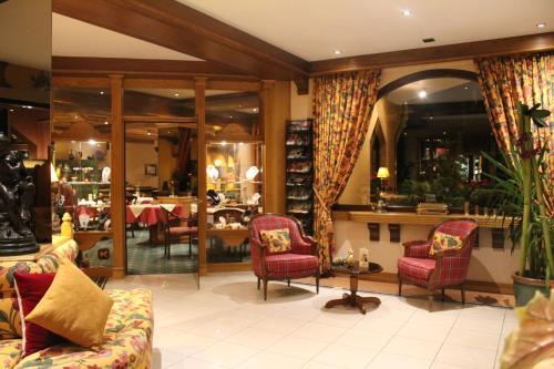 Restaurant ou autre lieu de restauration dans l'établissement Hotel Le Mandelberg