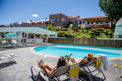 Piscine de l'établissement Hotel & Spa des Gorges du Verdon ou située à proximité