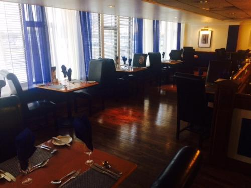 A restaurant or other place to eat at Britannia Hotel Newcastle Airport