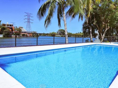 The swimming pool at or near Hotel Graham Villahermosa