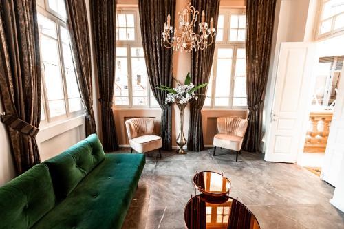 Coin salon dans l'établissement House of Palm - One of a Kind