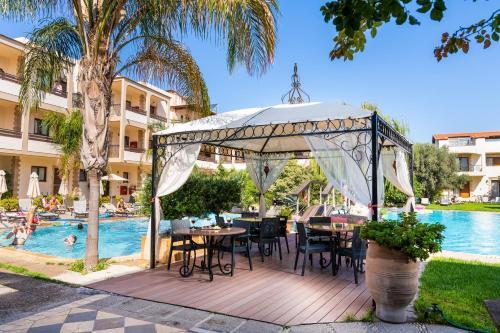 Restaurant ou autre lieu de restauration dans l'établissement Villas Duc - Rhodes