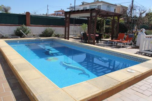 The swimming pool at or near B&b Casa Flamenca