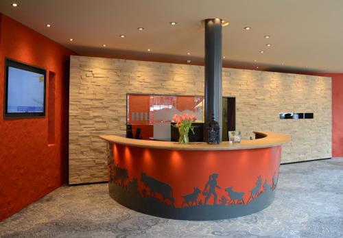 منطقة الاستقبال أو اللوبي في فندق إنترلاكن