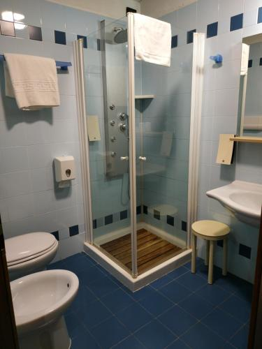 A bathroom at Hotel Aurora Wellness & SPA