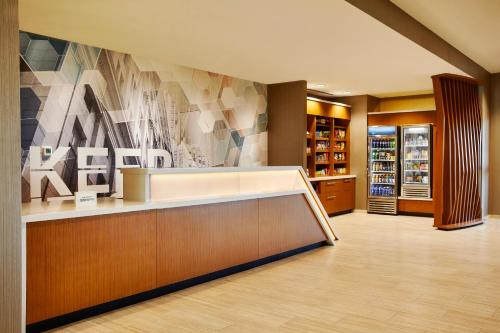 The lobby or reception area at SpringHill Suites by Marriott Springfield North