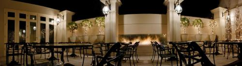 A restaurant or other place to eat at Hotel Sainte Jeanne