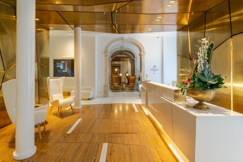 The lobby or reception area at Portugal Boutique Hotel