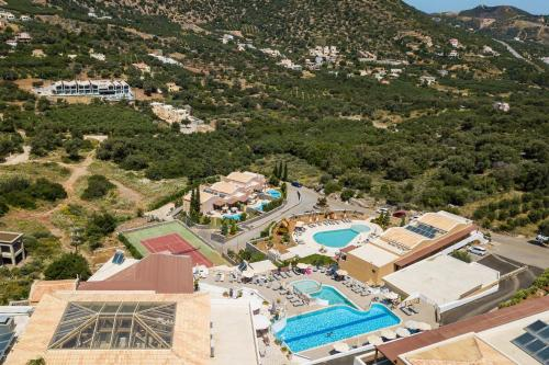 A bird's-eye view of Filion Suites Resort & Spa