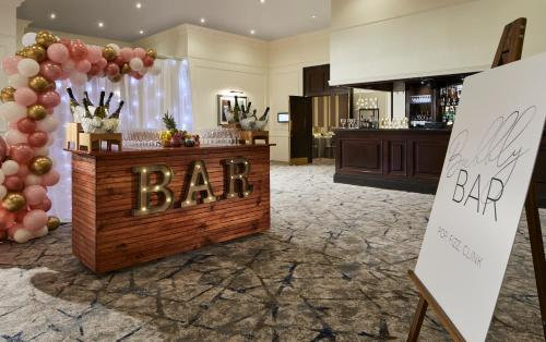 The lobby or reception area at Glasgow Marriott Hotel