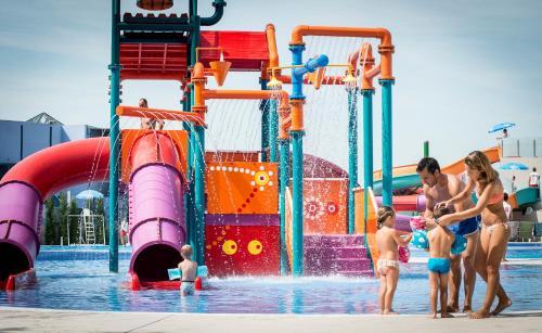 Parque acuático en el camping o alrededores