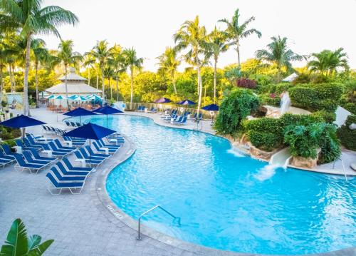 The swimming pool at or near Naples Grande Beach Resort