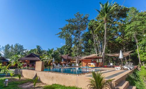 The swimming pool at or near Lanta Pearl Beach Resort