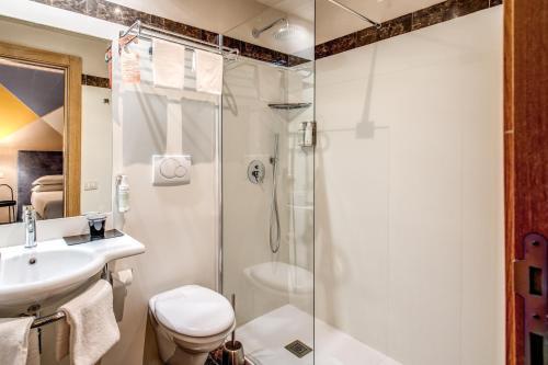 A bathroom at Boutique Hotel Galatea