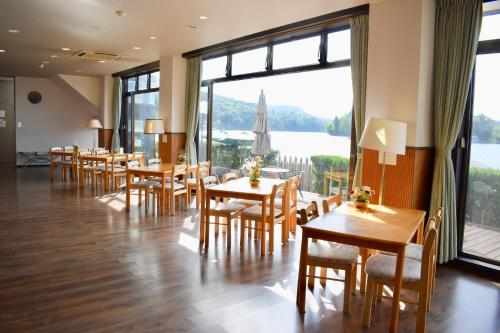 A restaurant or other place to eat at Nojiri Lake Resort