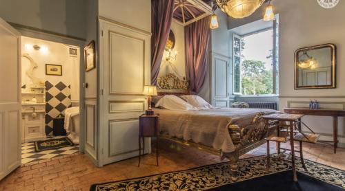 Un ou plusieurs lits dans un hébergement de l'établissement Château de Varennes