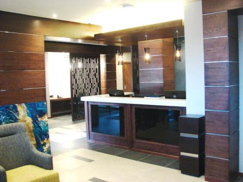 The lobby or reception area at Premier Splendid Inn Bloemfontein