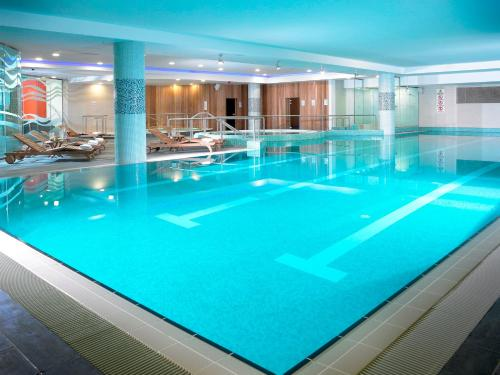 The swimming pool at or close to Limerick Strand Hotel
