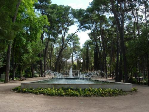 The swimming pool at or near Sercotel Los Llanos