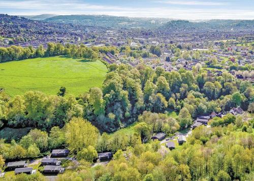 A bird's-eye view of Bath Mill Lodge Retreat