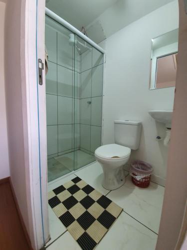 Um banheiro em Garibaldi Hostel e Café