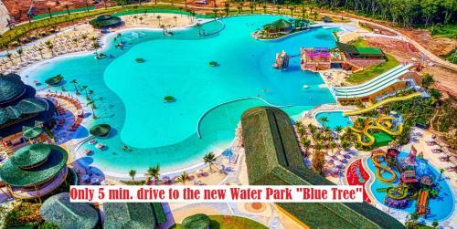 Вид на бассейн в Jewels Villas Phuket или окрестностях