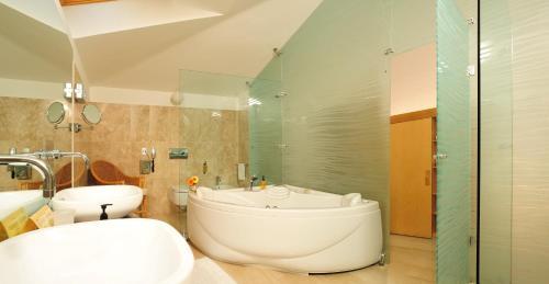 Een badkamer bij Alberi Del Paradiso