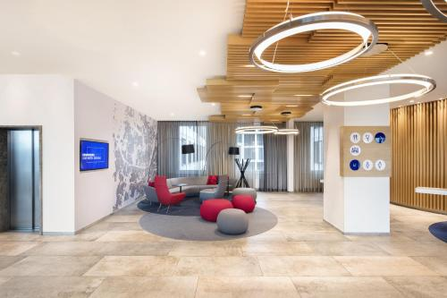 The lobby or reception area at Holiday Inn Express Munich City West, an IHG Hotel
