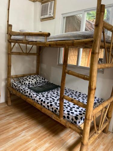 Un ou plusieurs lits superposés dans un hébergement de l'établissement Neverland