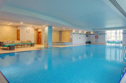The swimming pool at or near Delta Hotels by Marriott Cheltenham Chase