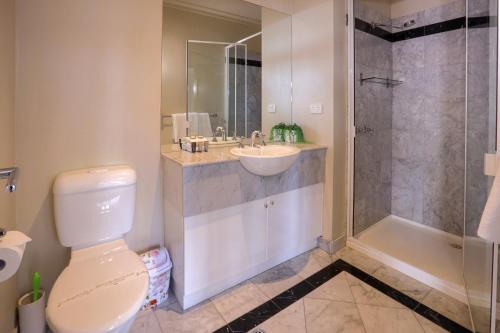 A bathroom at Flinders Landing Apartments