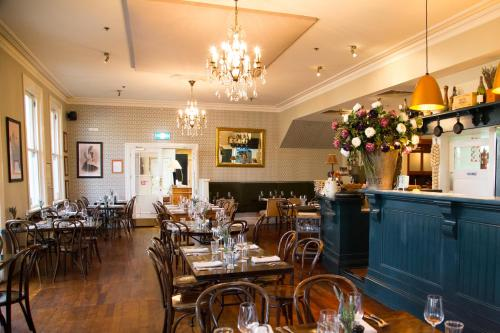 A restaurant or other place to eat at The Martinborough Hotel
