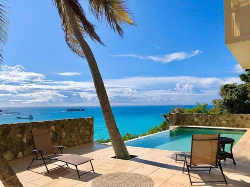 Happy Ridge—Harbor-View Suite, Pool, Hot Tub
