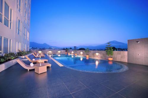 The swimming pool at or close to Atria Hotel Malang