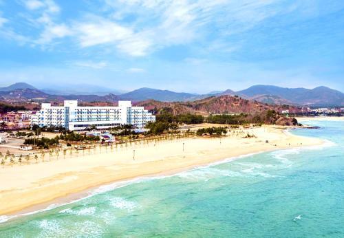 Ocean 2 You Resort Seorak Beach Hotel & Condo