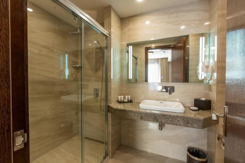 Ванная комната в KMM Hotel