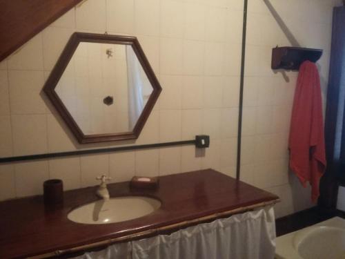 Um banheiro em CASA em UBATUBA