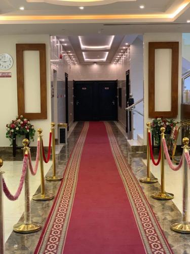 O saguão ou recepção de Silent Room 2