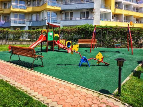 Zona de juegos infantil en Elizabeth Dy Boutique Hotel