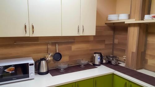 Кухня или мини-кухня в мини-отель Arctic Hotel