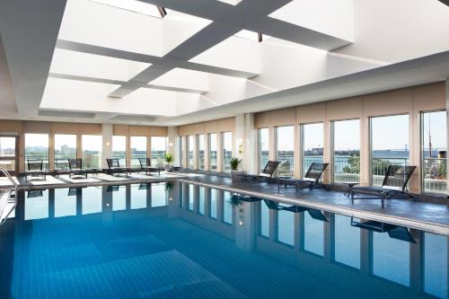 The swimming pool at or near Hilton Philadelphia at Penn's Landing