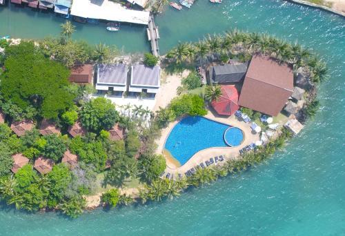 Blick auf Coral Resort aus der Vogelperspektive