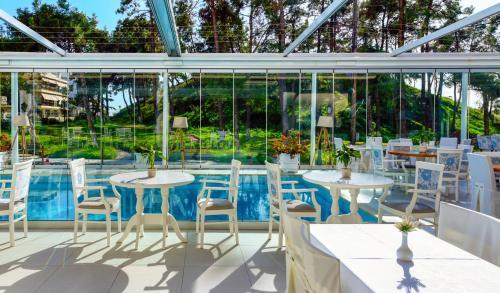 Εστιατόριο ή άλλο μέρος για φαγητό στο Secret Paradise Hotel & Spa