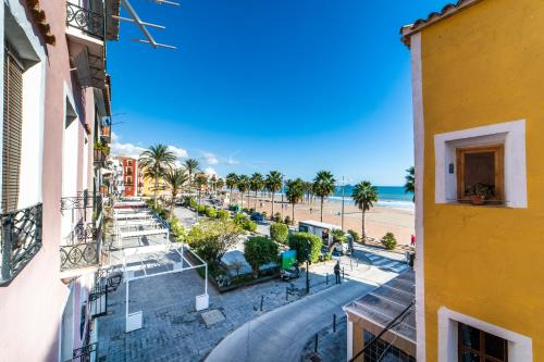 A balcony or terrace at Seanema Long Beach