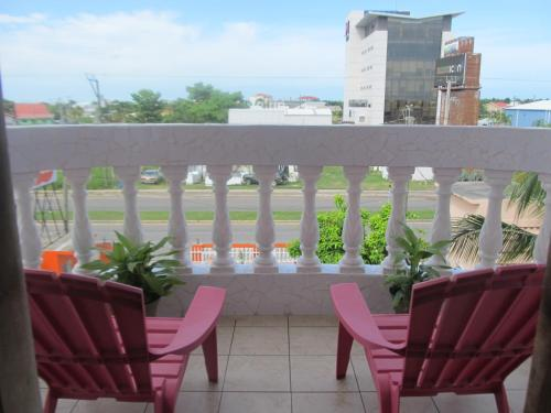 Balcone o terrazza di Easy Inn Hotel
