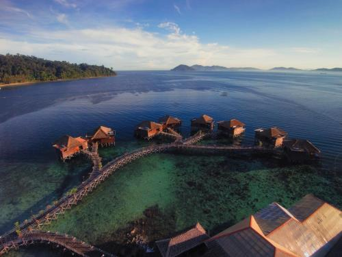 A bird's-eye view of Gayana Marine Resort