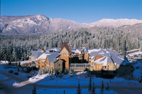 Embarc Whistler By Diamond Resorts during the winter