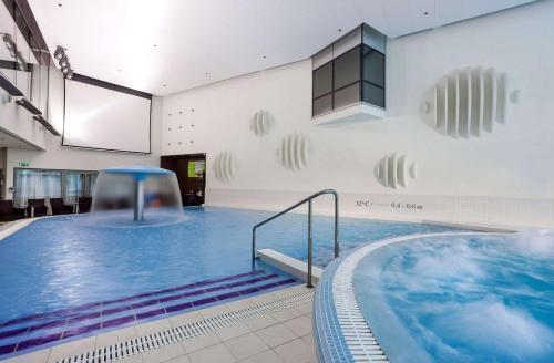 Bassein majutusasutuses Park Inn by Radisson Meriton Conference & Spa Hotel Tallinn või selle lähedal
