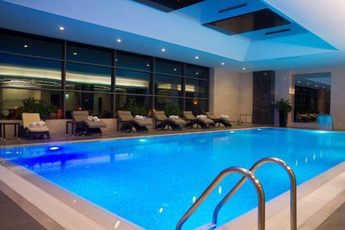 The swimming pool at or near Radisson Blu Hotel, Kayseri